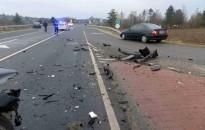 Hárman is megsérültek a 61-esen történt balesetben