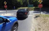 Beleütközött a stop táblánál megálló kocsiba egy zalaegerszegi nő