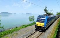 A hőség miatt csak hatvannal mehetnek a vonatok az észak-balatoni vasútvonalon