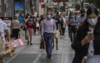 Koronavírus – Spanyolországban a jövő hétvégén megszűnik a kötelező szabadtéri maszkviselés