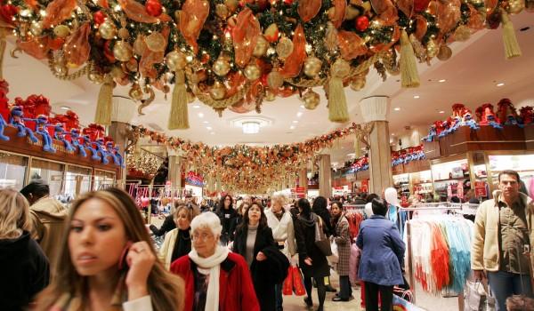 Karácsony - Növekvő forgalomra számítanak az áruházak
