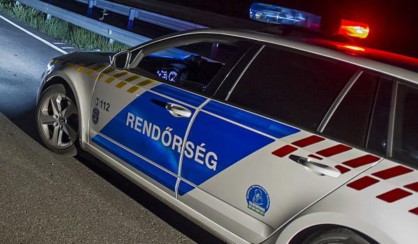 Meghalt egy kamionsofőr, akinek járműve árokba borult Keszthely közelében