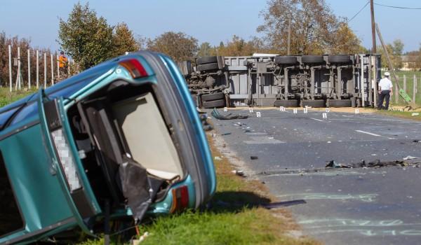 Meghalt a férfi, aki teherautónak ütközött Nagykanizsánál