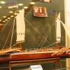 Hajók, pipák, faragott képek, fotó: Bakonyi Erzsébet