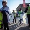 A miniszterhelyettes és a polgármester is szedte a szemetet, fotó: Gergely Szilárd